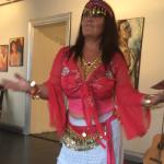 AnnoPaananen dansar Fritt Flöde, en form av frigörande dans.